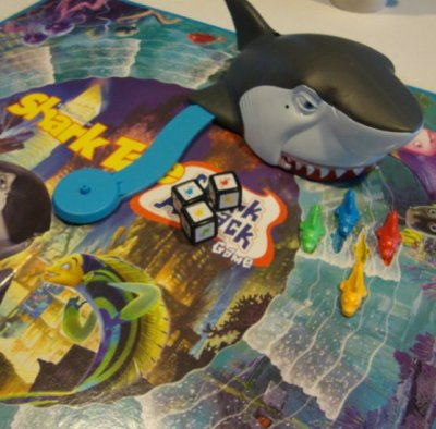 2004 Milton Bradley Shark Tale Shark Attack Board Game