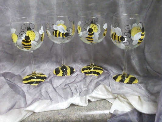 Hand Painted Bumble Bee Wine Glasses Set Of 4