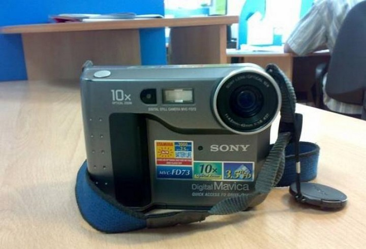 Редкий фотоаппарат с дискетой Sony Digital Mavica необчное, техника