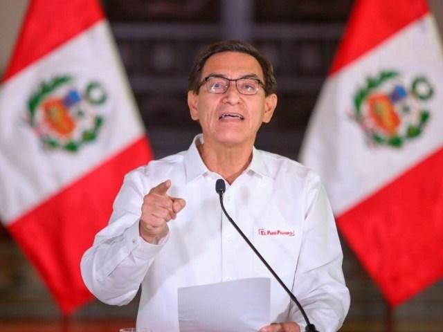 Vizcarra ofrece disculpas y acude al Constitucional para detener su proceso  de destitución