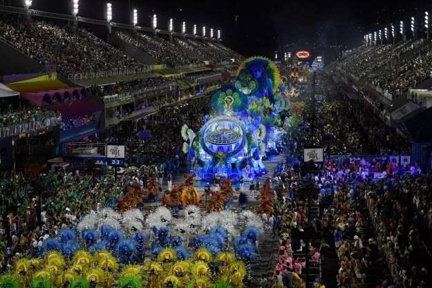 Bailarines del carnaval de Río de Janeiro, Brasil. 24 de febrero de 2020.