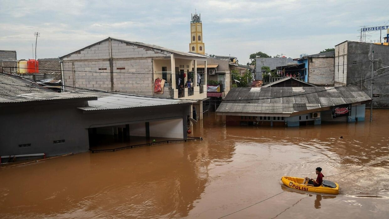 66 Killed In Indonesian Floods As Officials Warn Of More Heavy Rain