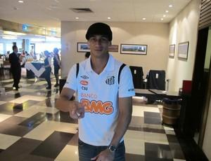 Paulo Henrique Ganso embarque Santos (Foto: Marcelo Hazan / Globoesporte.com)