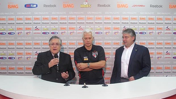 Leão no treino do São Paulo (Foto: Marcelo Prado / Globoesporte.com)