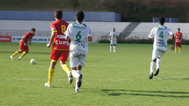https://i2.wp.com/s.glbimg.com/es/ge/f/620x349/2012/03/14/20120314-atletico_sorocaba_x_rio_preto_3.jpg