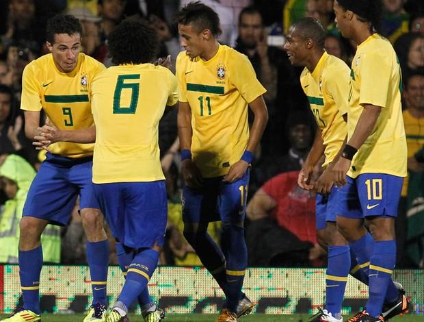 Voltam Ronaldinho e a vitória  5eafdb964ae81