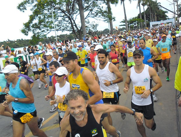 largada da corrida da Volta da Pampulha  (Foto: Luisa Prochnik / Globoesporte.com)
