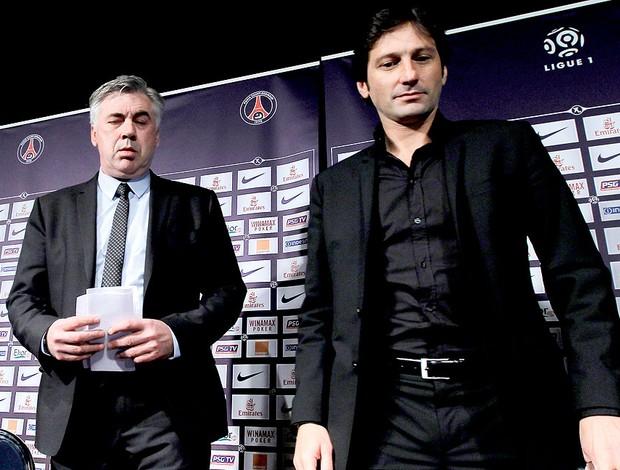 Carlo Ancelotti apresentado no PSG ao lado de Leonardo (Foto: AP)