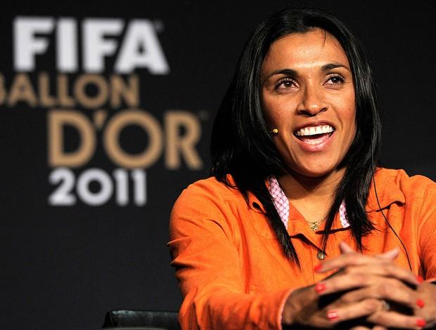 Marta durante coletiva do Prêmio Bola de Ouro (Foto: AP)