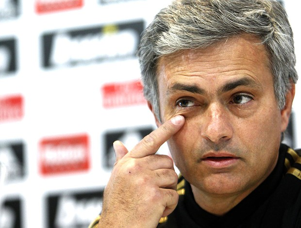 José Mourinho durante coletiva do Real Madrid (Foto: EFE)