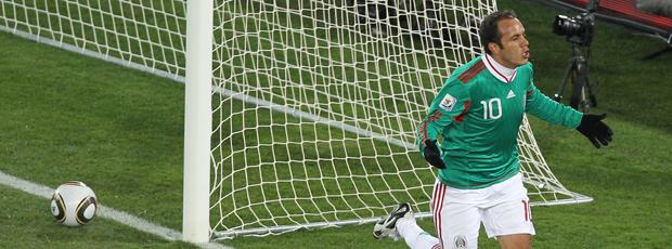 Ganhando como nunca: México 2 a 0 (AFP)