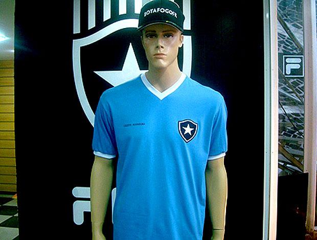 Camisa celeste do Botafogo, loco abreu