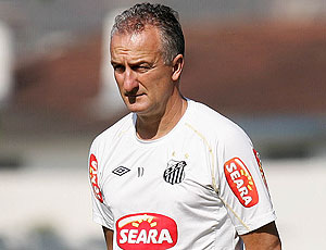 Dorival Junior no treino do Santos
