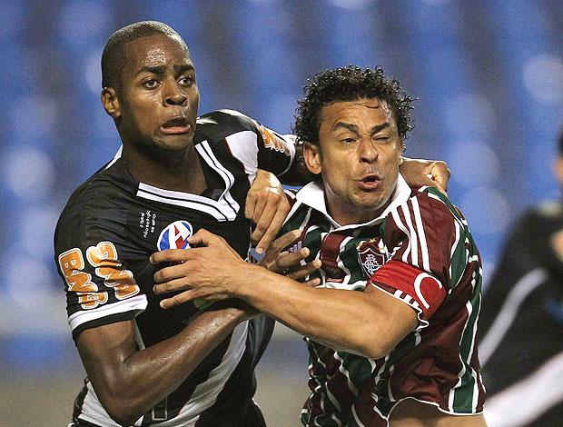 Dedé e Fred na partida entre Fluminense e Vasco (Foto: Alexandre Cassiano / Agência O Globo)