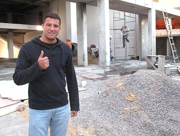 Washington em obras (Foto: Cahê Mota / GLOBOESPORTE.COM)