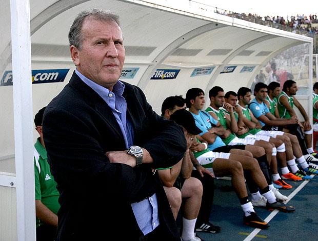 Zico no jogo do Iraque contra Jordânia (Foto: AFP)