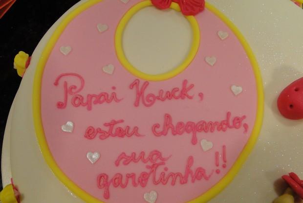 Bolo em homenagem à filha de Huck (Foto: Caldeirão/TV Globo)