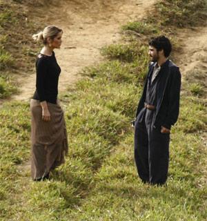 Por confiança, Leandro ajuda Naomi a fugir (mordeeassopra/tvglobo)