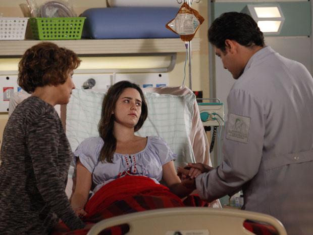 Lúcio revela que Ana passou anos em coma (Foto: A Vida da Gente - Tv Globo)