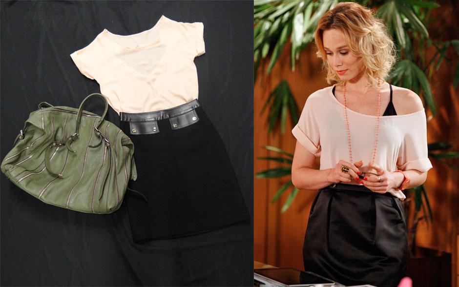 O sutiã preto dá o toque sexy para a blusinha de ombro caído. O toque moderno? Esse batom coral com relógio laranja
