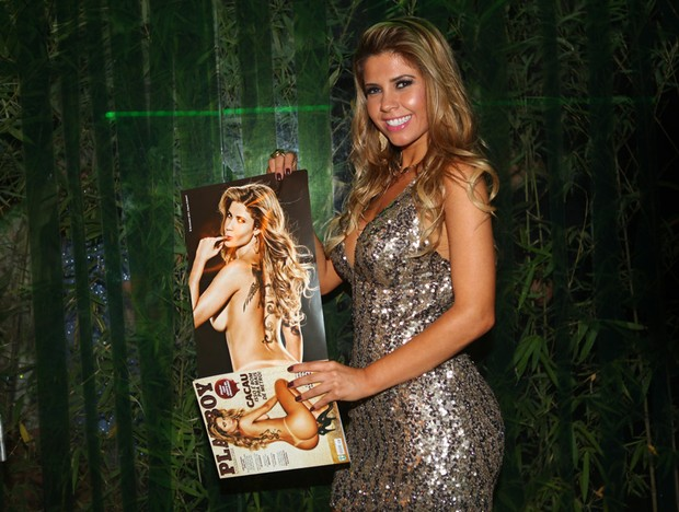 Ex-BBB Cacau no lançamento de sua 'Playboy' em uma boate em São Paulo (Foto: Iwi Onodera/ EGO)