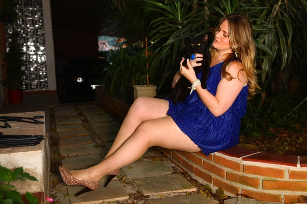 Carla Manso posa para o EGo (Foto: Iwi Onodera / EGO)