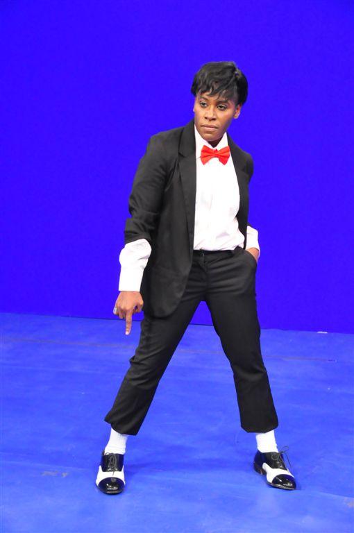 Pepê se transforma em Michael Jackson (Foto: Renata de Paula / REDETV!)