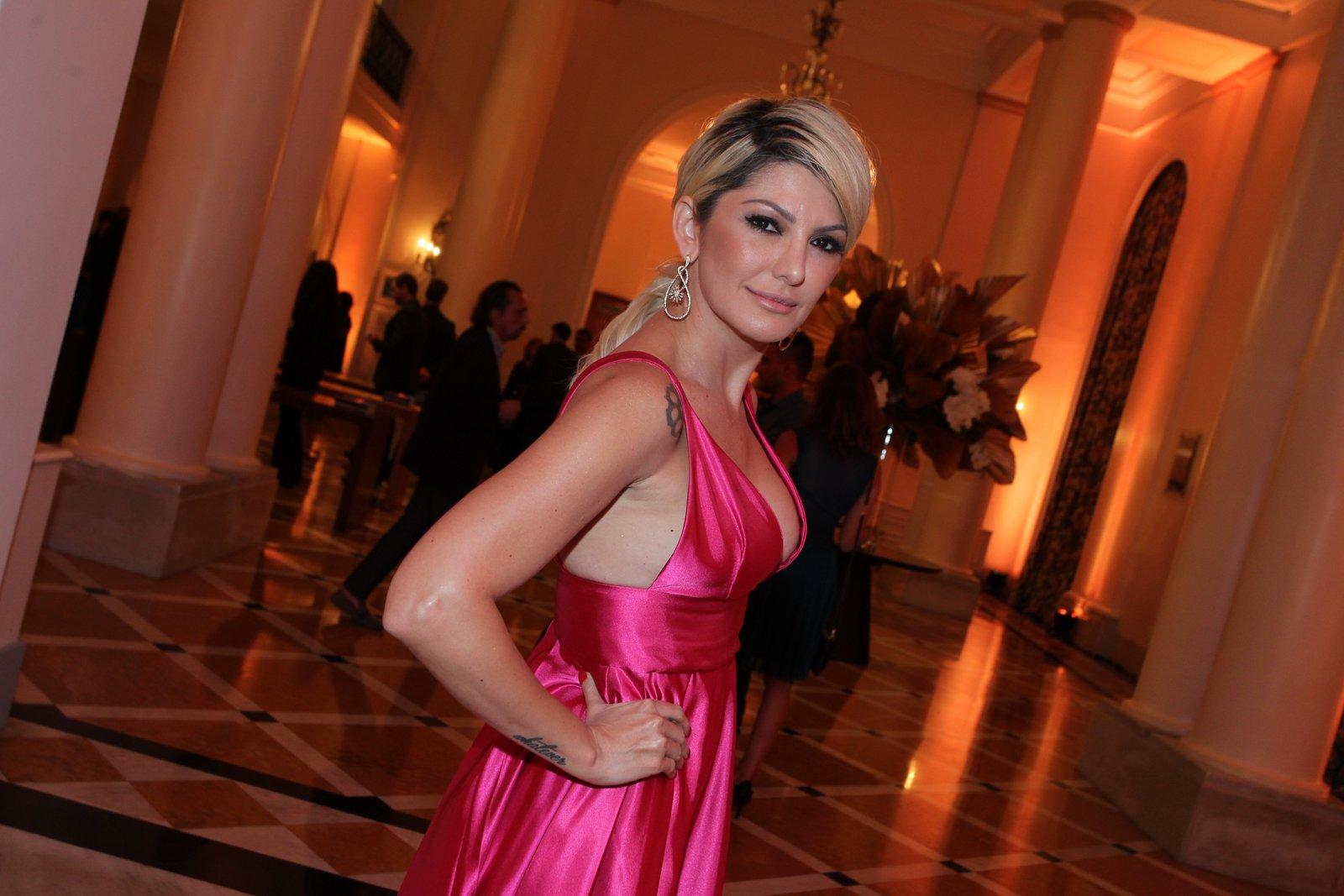 Antônia Fontenelle em prêmio de teatro na Zona Sul do Rio