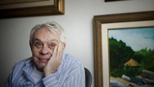 Chico Anysio, aos 78 anos, posa em sua residência, em São Paulo, em junho de 2009 (Foto: Leonardo Wen/Folhapress )