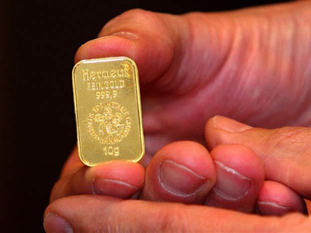 Cliente pode comprar barrinhas de ouro de cinco e dez gramas e de uma onça (28,35 gramas).