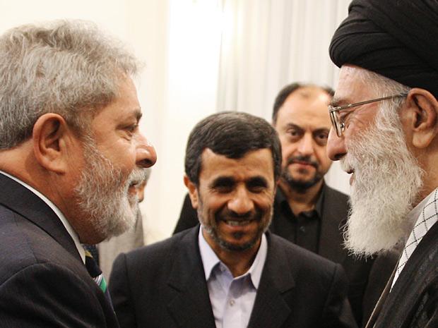 Presidente Lula em encontro com o Líder Supremo do Irã, Aiatolá Ali Khamenei, em Teerã