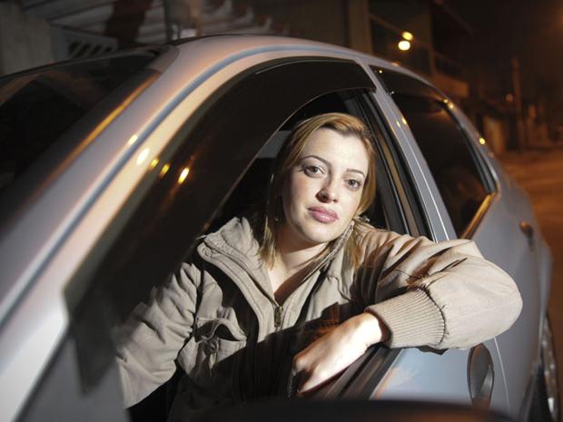 Vanessa parou de dirigir há oito anos, mas agora pensa em  encarar a autoescola novamente