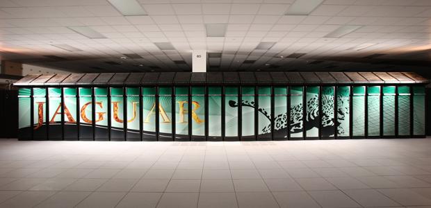 Supercomputador Cray Jaguar consegue fazer 1.759.000.000.000.000 operações de ponto-flutuante por segundo.