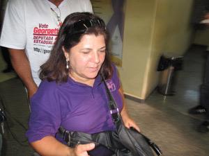 A ex-treinadora de ginastica olimpica, Georgette Vidor, foi uma das vítimas da jovem
