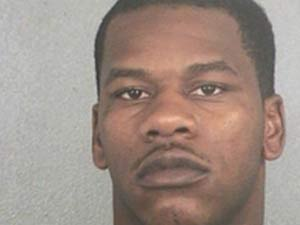 Steven Black foi preso.