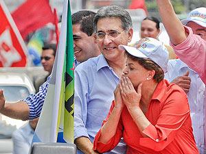 Dilma Rousseff em campanha em Belo Horizonte, ao lado de Fernando Pimentel