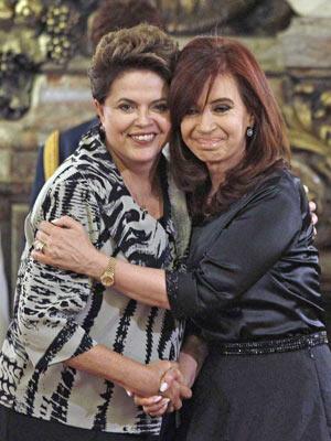 As presidentes Dilma Rousseff e Cristina Kirchner em encontro em Buenos Aires