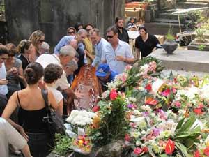 Cibele foi enterrada no Cemitério do Araçá, em São Paulo (Foto: Juliana Cardilli/G1)