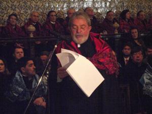 O ex-presidente Luíz Inácio Lula da Silva na Universidade de Coimbra (Foto: Natasha Bin/G1)