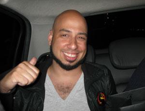 G1 pegou carona com o produtor de 'Mortal Kombat', Hector Sanchez, em São Paulo (Foto: Gustavo Petró/G1)