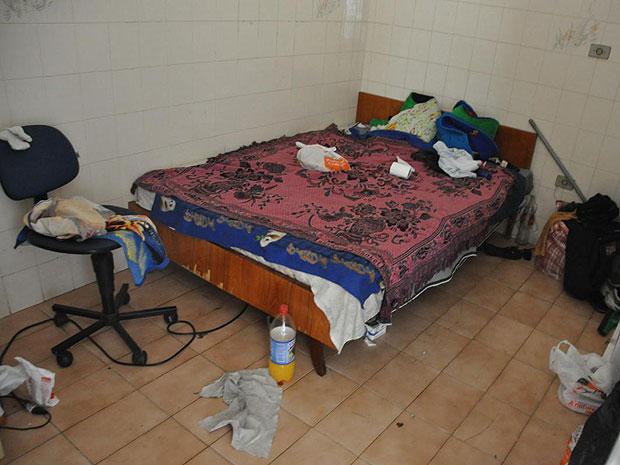 Trabalhadores encontrados em condições análogas à escravidão em oficina de Americana (SP), oficinas não tinham condições de higiene e segurança e funcionavam como alojamentos (Foto: Divulgação/MPT)