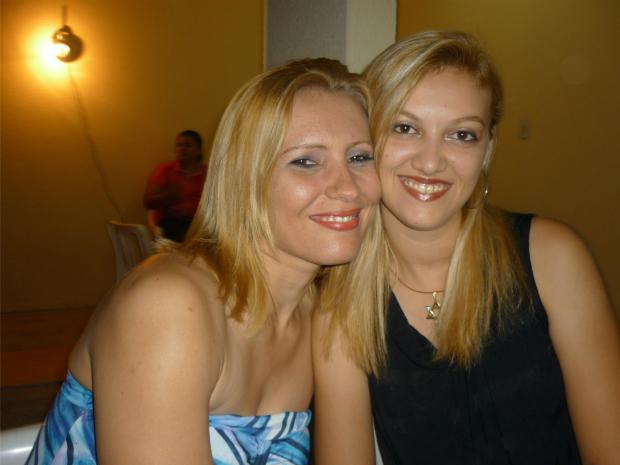 O casal Marileide Rocha (à esquerda) e Kamila Ferreira garante que vai brigar pelo direito de casamento até última instância, se necessário. (Foto: Arquivo pessoal)