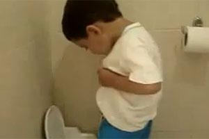 Vídeo do 'Pai, cadê meu pinto?', no YouTube (Foto: Reprodução)