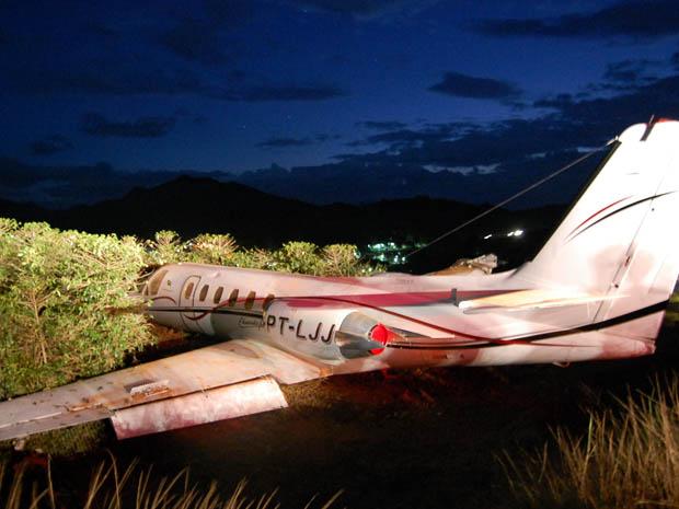 Avião de Eduardo Costa sofre acidente em Manhuaçu, na Zona da Mata (Foto: Portal Caparaó)