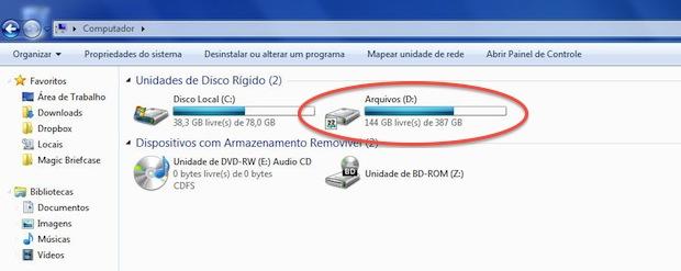 O BitLocker é um recurso do Windows 7 pode ser usado em uma ou mais unidades de disco rígido ou unidade removível como pen drive e discos externos, por exemplo (Foto: Reprodução)