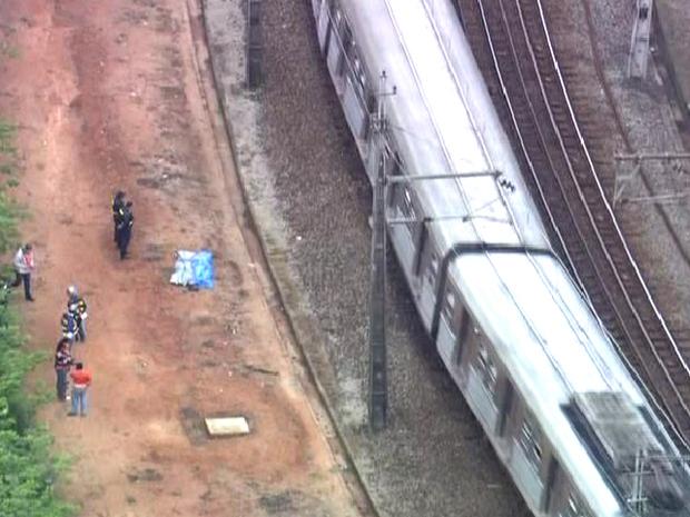 Acidente aconteceu próximo à estação Barueri da CPTM, na Grande São Paulo (Foto: Reprodução/TV Globo)
