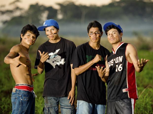 Indígenas mostram o cotidiano das aldeias nas letras das músicas (Foto: Divulgação/Cufa)