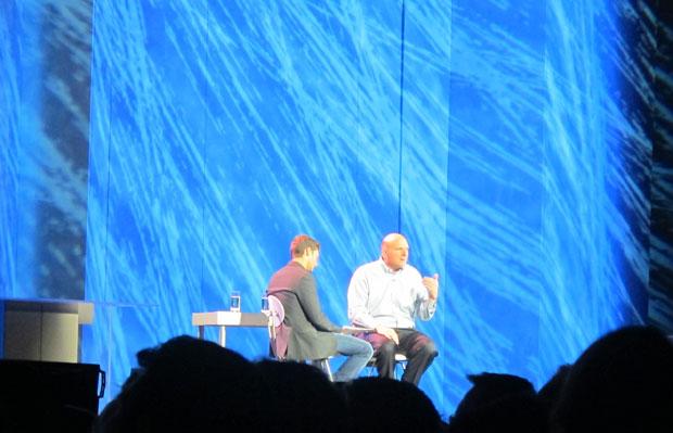 Ballmer e Seacrest durante apresentação da Microsoft na CES 2012 (Foto: Gustavo Petró/G1)