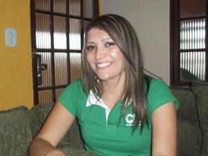 Com apenas 20 anos Thais foi aprovada no exame da OAB.  (Foto: Naiara Leão/ G1)