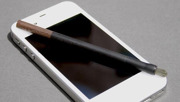 O Nomad Mini tem 11,43 centímetros e é voltado a smartphones e custa US$ 20 (Foto: Divulgação)